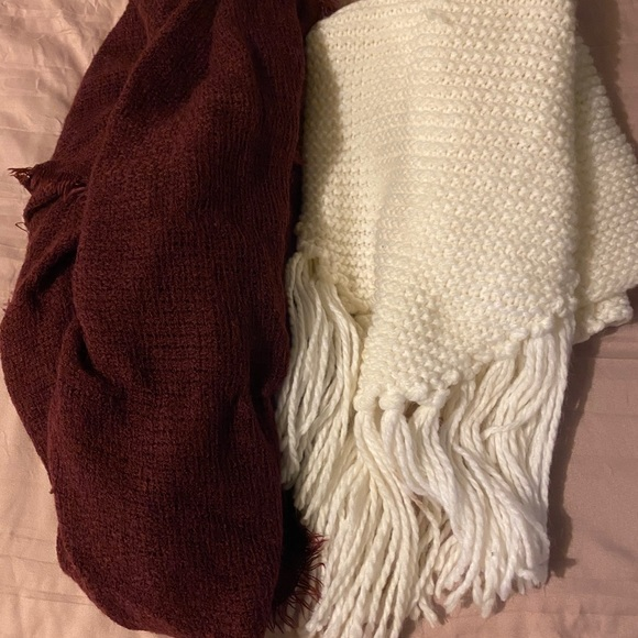 Red and white knit scarves